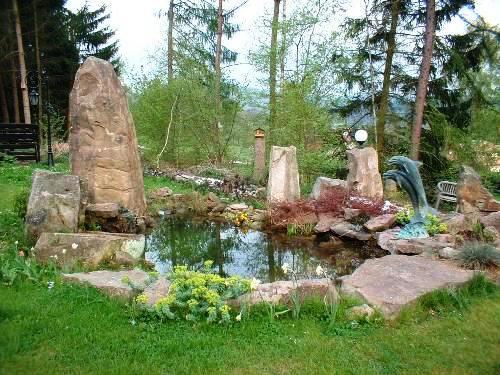 J kel natursteine for Gartenteich gestaltung